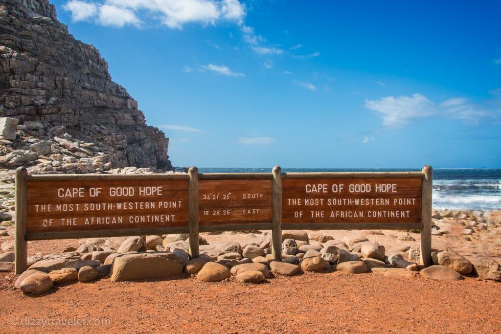 Visit my travel blog for more: www.dizzytraveler.com