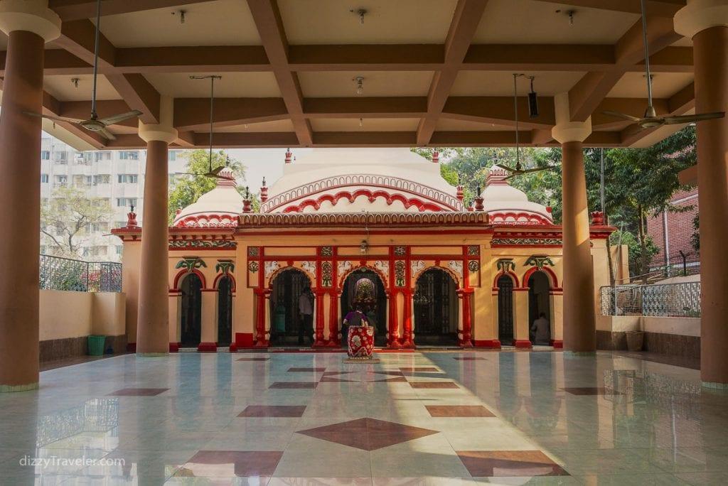 Dhakeshwari Hindu Temple in Dhaka