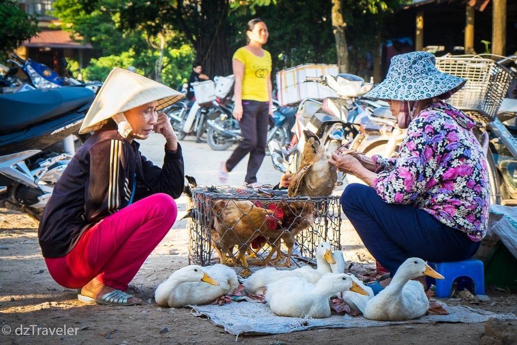 Son Trach Market in Vietnam