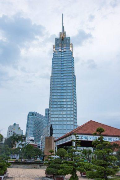 Tran Hung Dao statue, ho chi Minh city